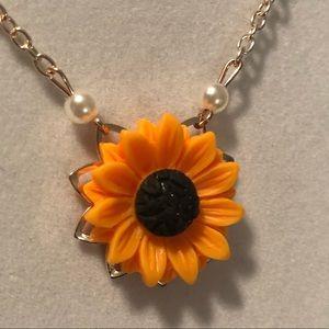 Jewelry - Sunflower necklace